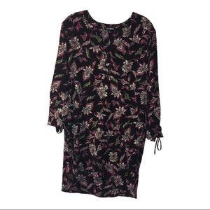 Roz & Ali Long Sleeve V-Neck Dress